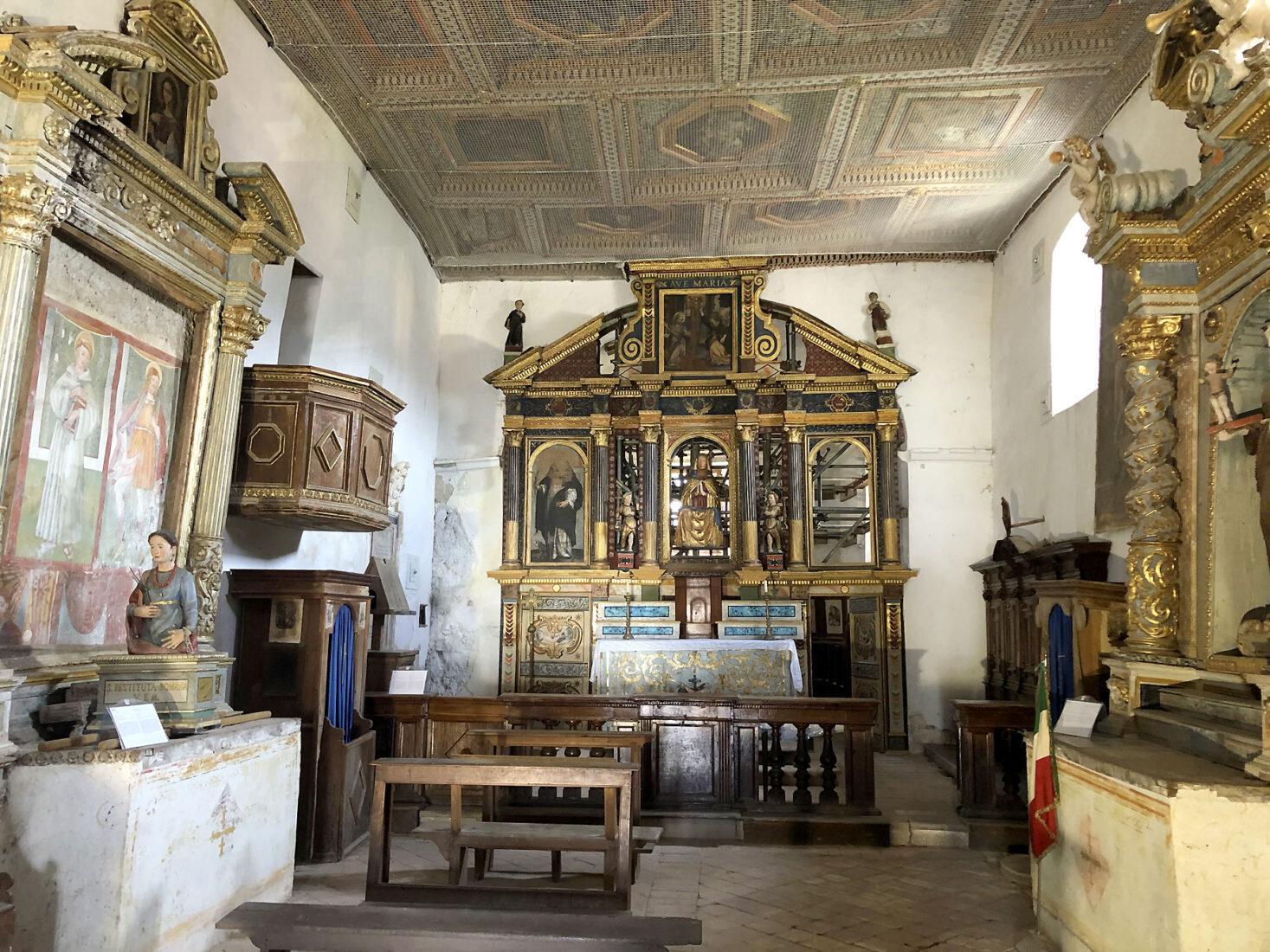 Borbona - Convento di Sant'Anna, interno della Chiesa