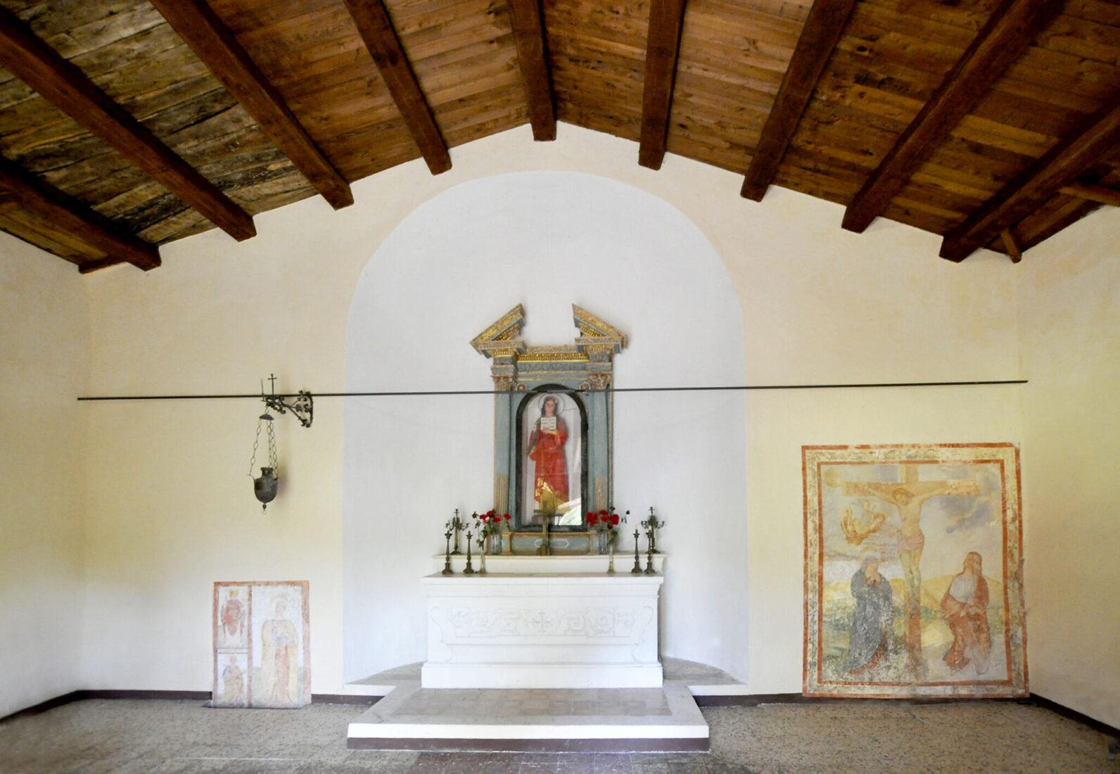 Borbona - Chiesa di Santa Restituta, interno