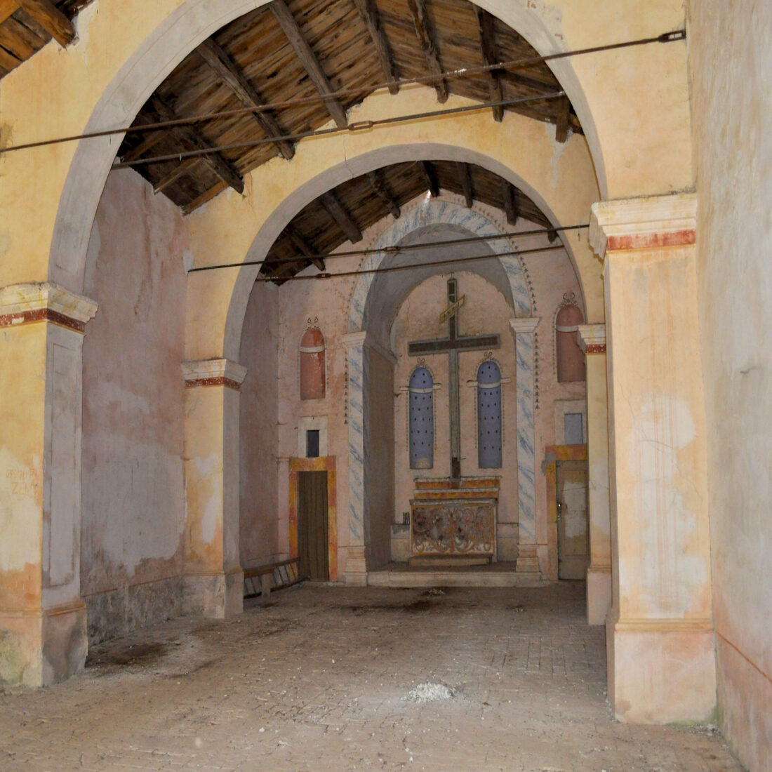 Borbona - Santa Croce alla pineta, interno