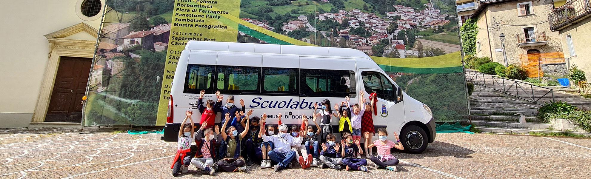 """Al Comune di Borbona lo scuolabus donato dal """"Comitato Terre di Siena per il Centro Italia"""""""