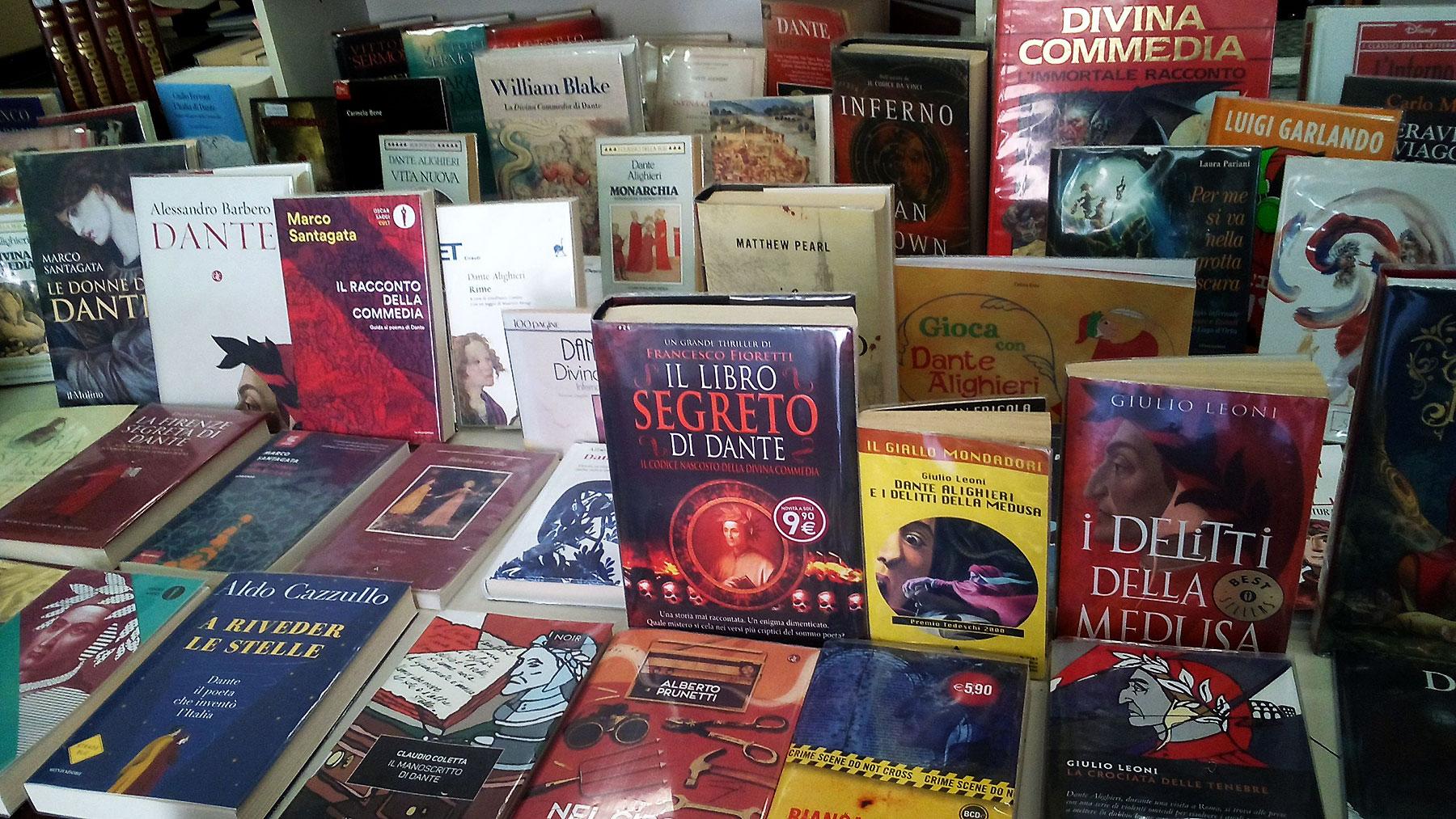 Mostra bibliografica dedicata a Dante.